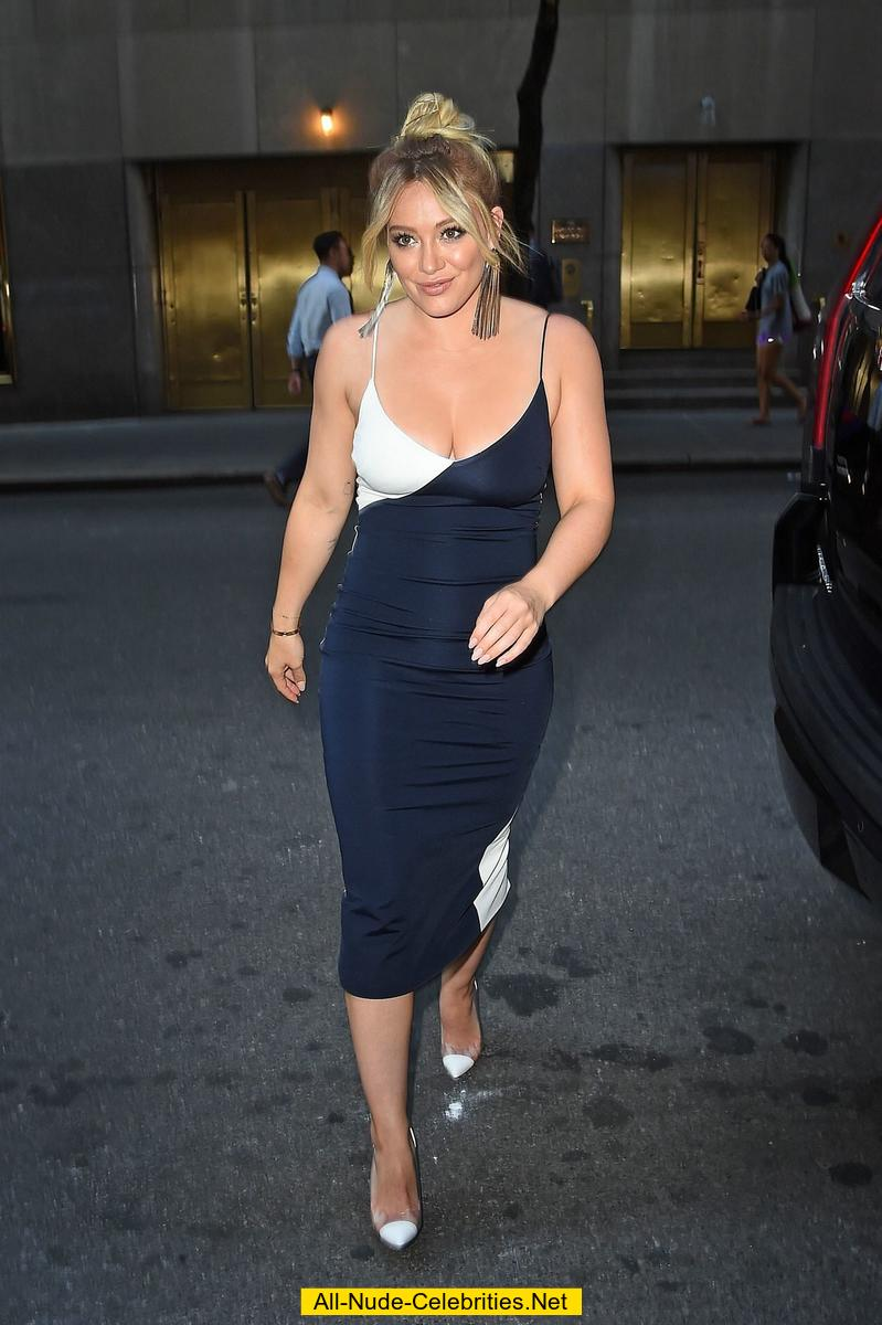 nude Cleavage 37. Hilary Duff (37 pictures) Leaked, 2019, braless