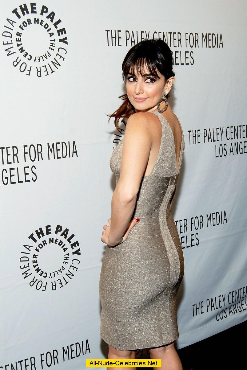 Ana De La Reguera shows legs and cleavage paparazzi shots