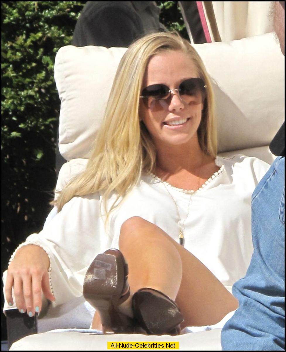 Pity, that Kendra wilkinson naked in pool