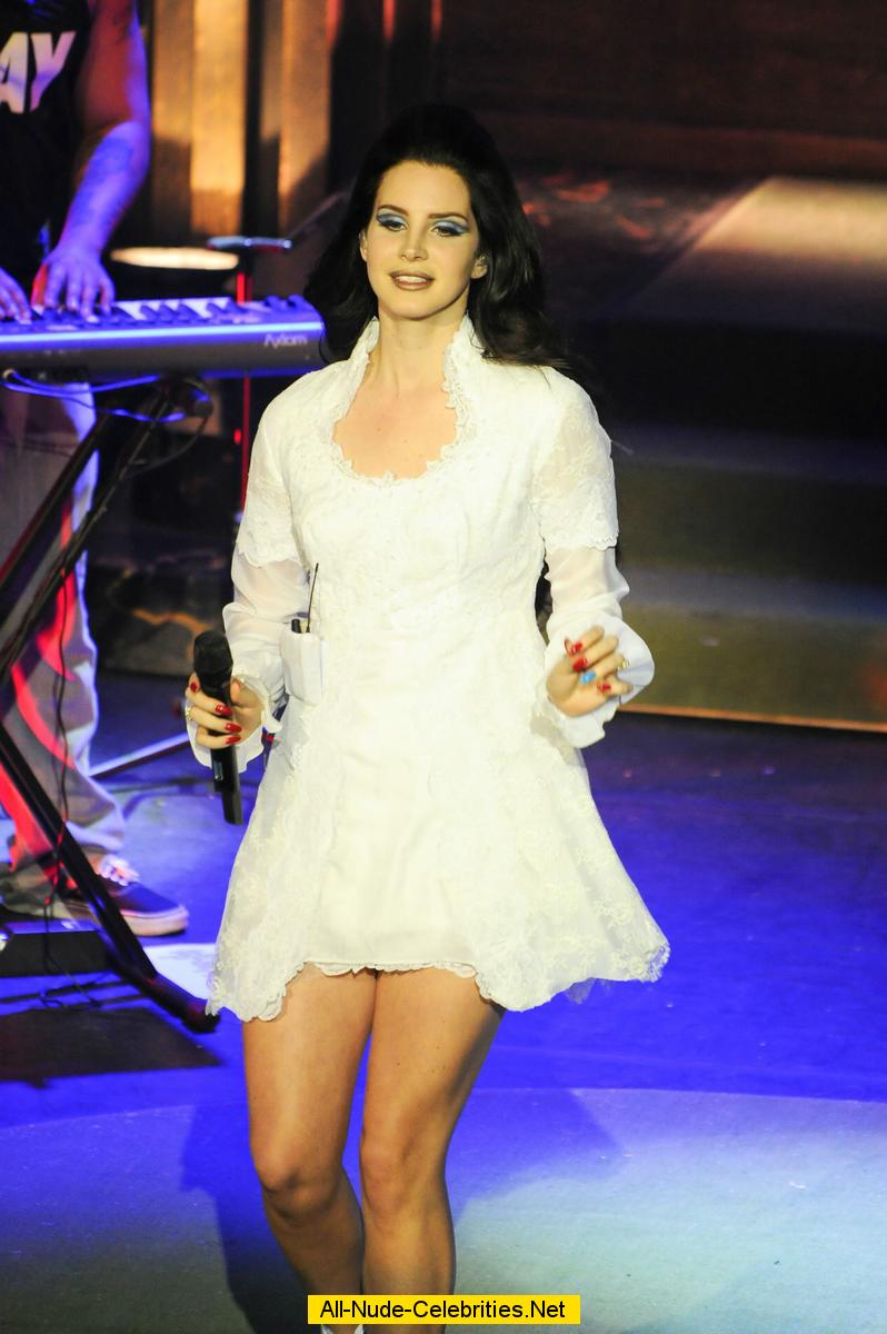 Lana Del Rey Hot Navel Expose in joyning Guns N Roses concert at The Wiltern Pictures ~ HQ PIXZ